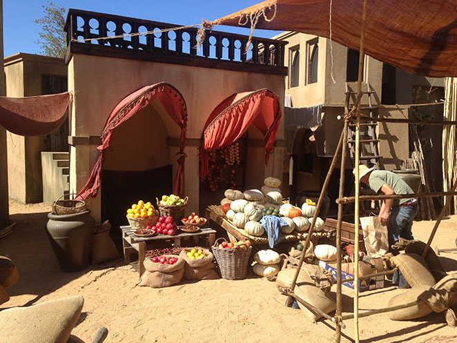 Jamillah & Aladdin - Market